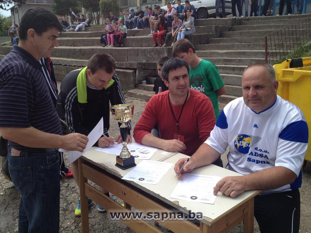 Pregedate slike iz ?lanka: Turnir u malom fudbalu