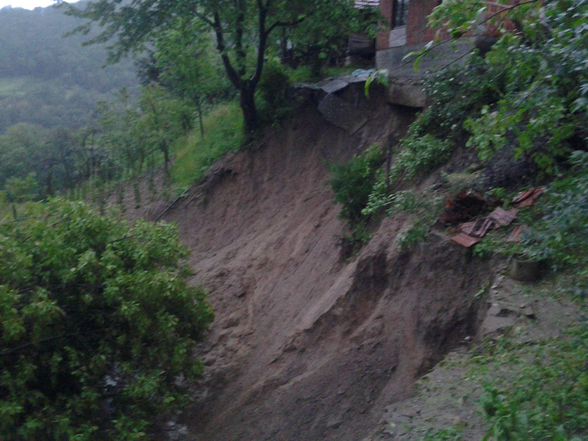 Pregedate slike iz ?lanka: Katastrofalne poplave i klizi�ta