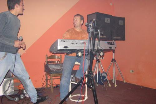 Pregedate slike iz članka: Pjevači amateri